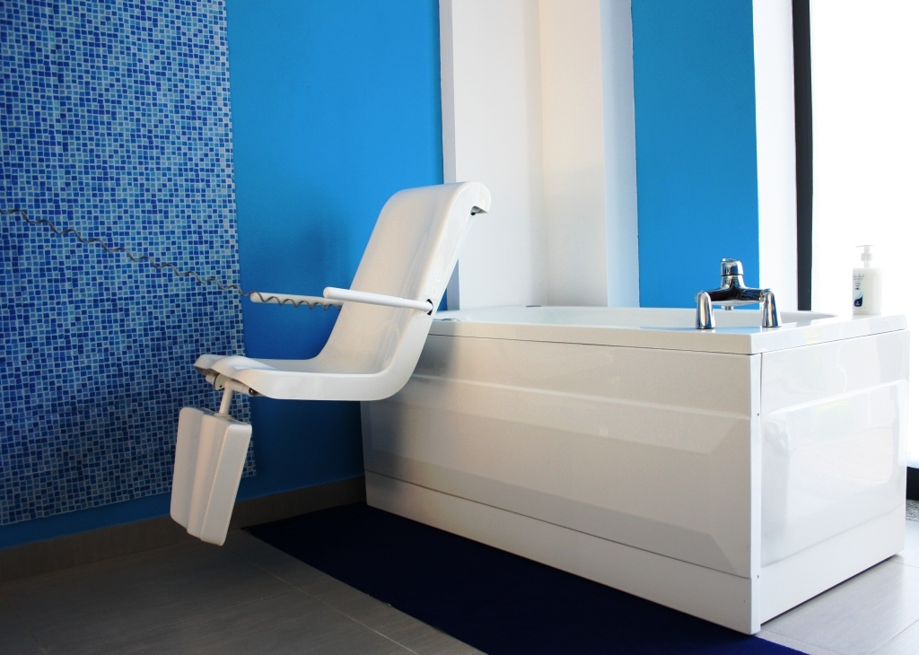 Vasca da bagno con sportello roma